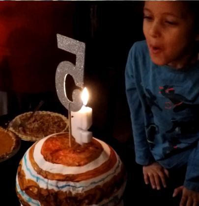Larger than life: The 3D Jupiter Birthday Cake'athon